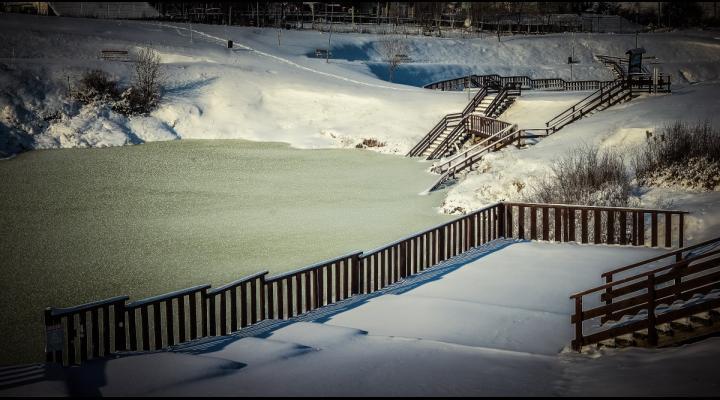 COMUNICAT ISU: Atenție la ger și la activitățile recreative desfășurate pe gheața lacurilor și râurilor!