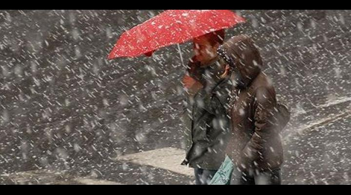 Avertizare meteo ANM: se anunta ploi in toate regiunile tarii, iar la munte ninsori