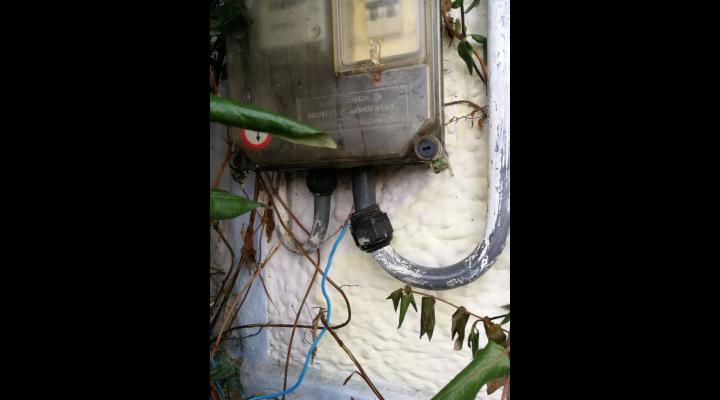 Bransari ilegale la reteaua de electricitate, in Prahova