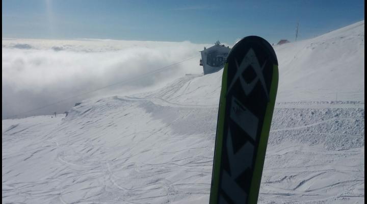 Vreme perfectă de schi şi toate pârtiile deschise în Prahova