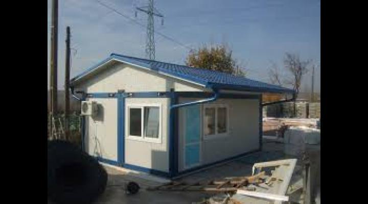 9 containere modulare, pentru familiile ale căror case au fost afectate de alunecările de teren