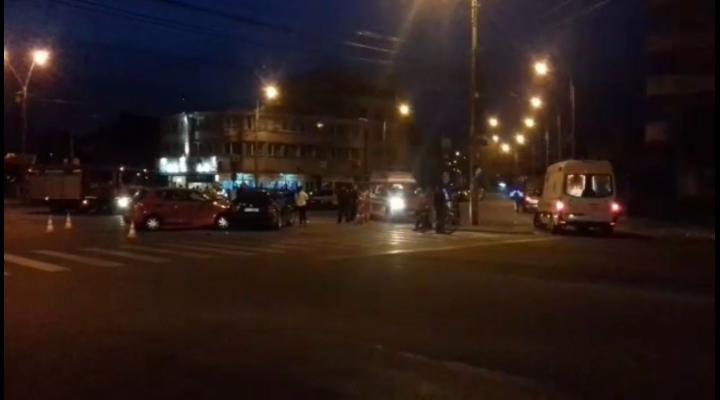 O persoana a fost ranita intr-un accident produs in zona pietei Anton din Ploiesti - VIDEO EXCLUSIV
