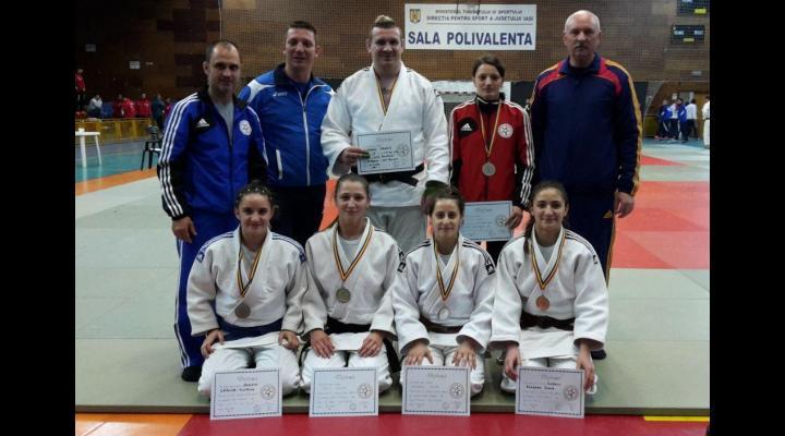 Şase medalii cucerite la Cupa României de la Iaşi!