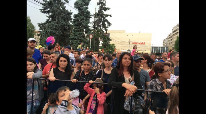 """DJ PROJECT, Alexandra Ungureanu și Anna Lesko, printre artistii care vor canta la Festivalul """"Magie, Feerie și Povești"""". Vezi aici ce ii asteapta si pe cei mici!"""