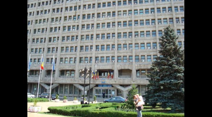 Grevă la Palatul Administrativ