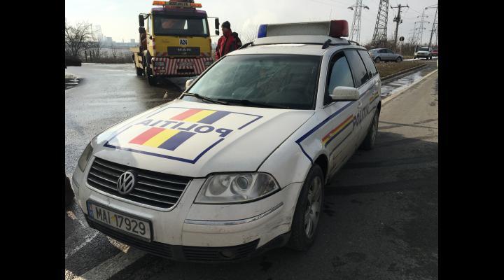 Accident in Prahova. Un sofer baut a intrat cu masina intr-un copac