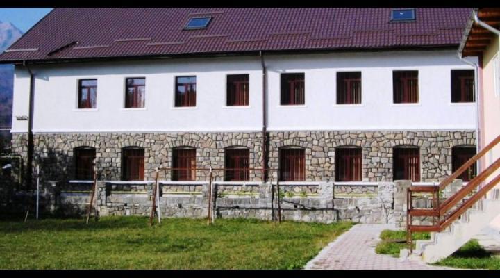 """DJT Prahova organizeaza tabere tematice la Busteni - """"ADVENTURE TEAM"""" – Aventură şi agrement montan"""