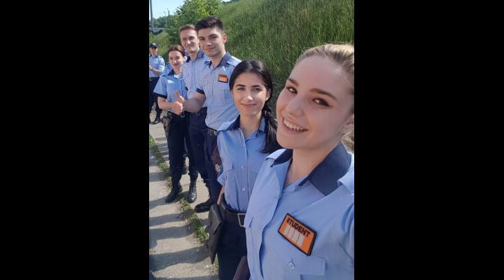 23 de studenți ai Academiei de Poliție, inițiați în tainele meseriei de specialiştii Inspectoratului General pentru Imigrări