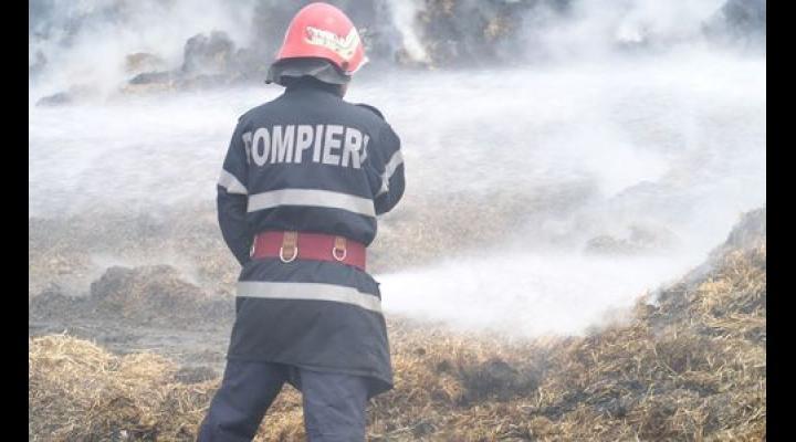 Incendiu in Valea Calugareasca de la o scanteie
