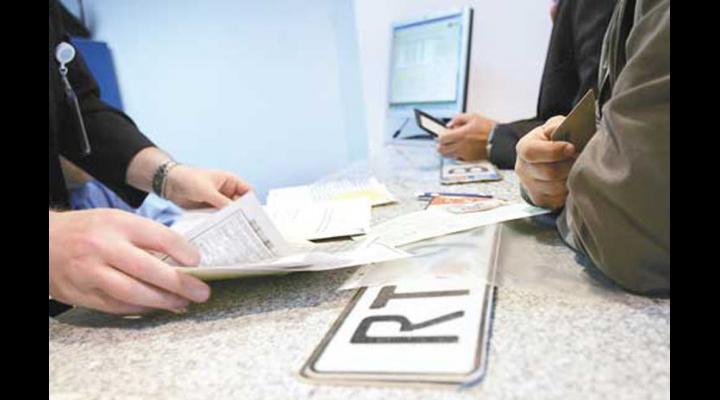 Program prelungit la Serviciul Permise de conducere și Înmatriculare a Vehiculelor, in Prahova