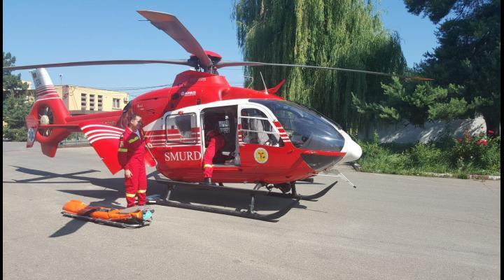 Elicopterul SMURD intervine dupa ce o femeie din Gorgota si-a dat foc