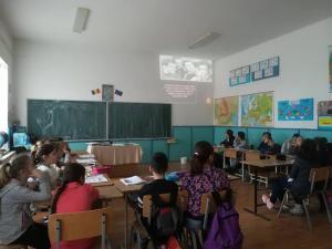 """""""84 de ani de nasterea poetului Grigore Vieru"""", marcati de elevii din Baicoi"""
