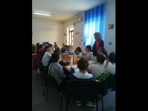 """Concurs de """"Recitare de poezii"""", organizat la Baicoi cu ocazia Zilei Mondiale a Poeziei"""
