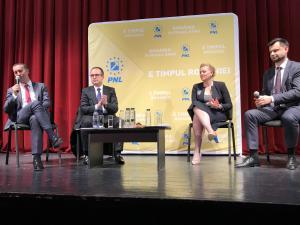 VIDEO: Senatorul PNL, Iulian Dumitrescu, a participat în această seară la dezbaterea organizată pe teme de sănătate la Ploiești