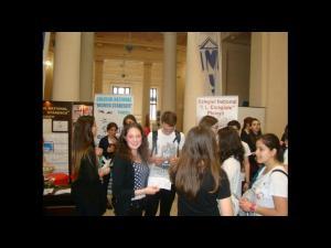 Liceele din Ploiesti isi prezinta oferta educationala in Sala Coloanelor din Palatul Culturii. Astazi incepe bursa de valori educationale