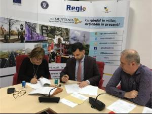 """S-a semnat contractul pentru proiectul """"Eficientizare Energetică Școala Gimnazială George Coșbuc"""" din Ploiesti, finantat din fonduri europene"""