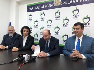 Ce declaratii a facut astazi Traian Basescu, venit la Ploiesti pentru o conferinta de presa si o intalnire cu simpatizantii- VIDEO