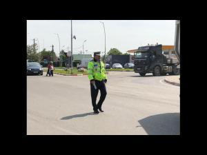 """Șoferii care efectuează activități de tip ,,taxi-pirat"""",  în atenția polițiștilor"""