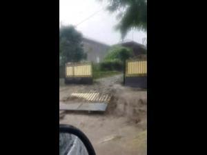 IMAGINI Potop la Măneciu