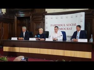 Viorica Dancila a anuntat la Ploiesti ca vrea sa renunte la constructia autostrazii Comarnic-Brasov in parteneriat public-privat si sa o realizeze doar din fonduri guvernamentale. Afla si ce le-a transmis premierul Romaniei primarilor