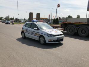 Urmărire pe o șosea din Prahova pentru prinderea unui tânăr care conducea fără permis