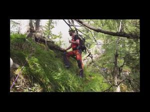 Salvamontiștii din Bușteni au salvat un tânăr blocat pe munte care a fost găsit după coordonatele GPS