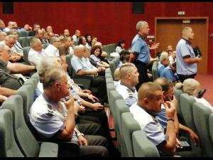 Polițiștii locali din Ploiești, băgați în ședință de edil