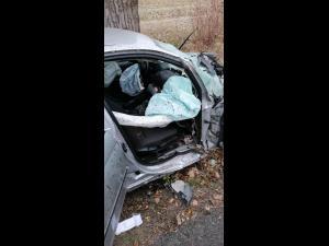 FOTO/ UPDATE Accident rutier grav în Brazi. O persoană este inconștientă, iar alte două sunt rănite