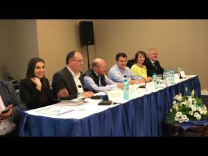 """FOTO/VIDEO: Traian Basescu, presedinte de onoare PMP, la Consiliul National de la Sinaia: """"Vin alegerile locale! Aici nu veți avea alt drum decât cel al alianțelor"""""""
