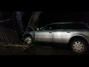 Fără permis și băut, un bărbat a provocat un accident în Blejoi