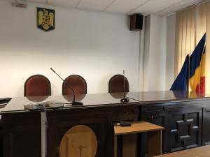 Protest la Judecătoria Ploiești. Se judecă doar cauzele urgente