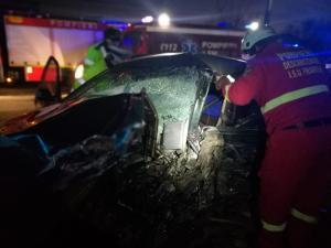 FOTO Patru persoane au ajuns la spital in urma unui grav accident rutier produs in aceasta seara pe DN1B