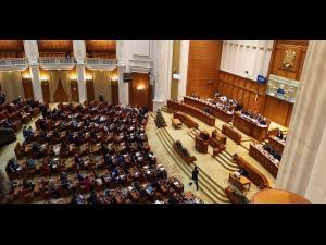 Iulian Dumitrescu: Singura soluţie care ne mai rămâne este organizarea unor alegeri anticipate la care PSD să fie sancționat de români pentru tot răul făcut țării