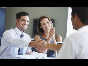 Ce trebuie să faci când închei unui contract de credit cu o instituție financiar nebancară