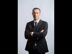 """Senatorul Iulian Dumitrescu: """"Planul de relansare economică va aduce cinci miliarde de euro în următorii ani în Prahova"""""""
