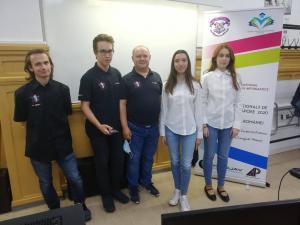 Ploieștiul, pe harta mondială a informaticii/Doi elevi au urcat pe podium la olimpiadele internaționale