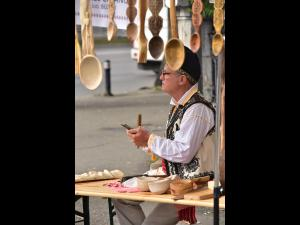 FOTO: S-a deschis Targul Mestesugurilor Traditionale, la Ploiesti