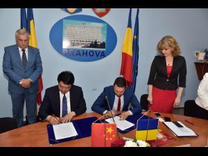 S-a semnat Memorandumul de Înţelegere privind consolidarea relaţiilor de înfrăţire dintre Judeţul Prahova şi Provincia Heilongjiang din Republica Populară Chineză