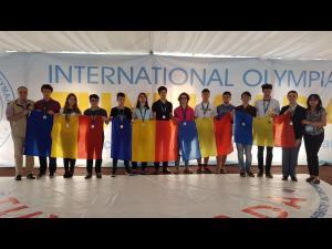 Douăsprezece premii pentru elevii români prezenţi la Olimpiada Internaţională Pluridisciplinară Tuymaada 2017