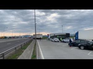 Protest autocamioane pe DN1A, din cauza devierii traficului greu pe aceasta ruta