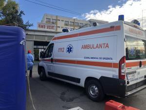 Patru mașini, implicate într-un accident pe Centura de Est a Ploieștiului/Două persoane au fost rănite și duse la spital