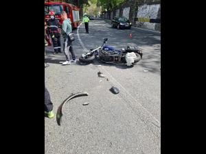 FOTO Motociclist, transportat la spital după un accident pe Posada
