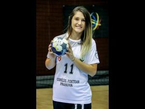 Handbalista Florina-Cătălina Popescu, de la C.S. Activ Prahova-Ploiești, face parte din delegația oficială a sportivilor români prezenți deschiderea Campionatului European de Fotbal 2020