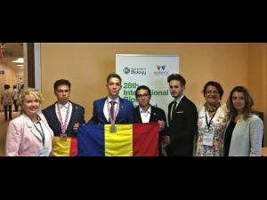 Trei premii pentru lotul României la Olimpiada Internaţională de Biologie 2017