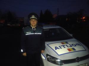 Un polițist școlit la Campina și-a făcut datoria și în timpul liber! Agentul a prins o persoană care încercase să înșele un bătrân