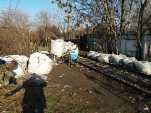 Peste 1,5 tone deșeuri reciclabile, confiscate in Ploiesti