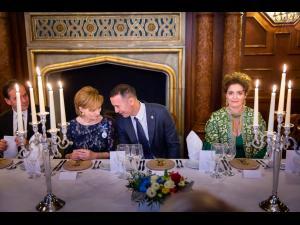 Senatorul PNL, Iulian Dumitrescu, invitat la dineul oferit de Majestatea Sa Margareta, Custodele Coroanei române reprezentanților Partidului Național Liberal