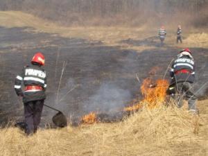 ISU Prahova: Preveniți incendiile în campania agricolă!