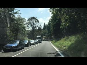 Se circula in coloana pe Valea Prahovei, pe sensul spre Brasov