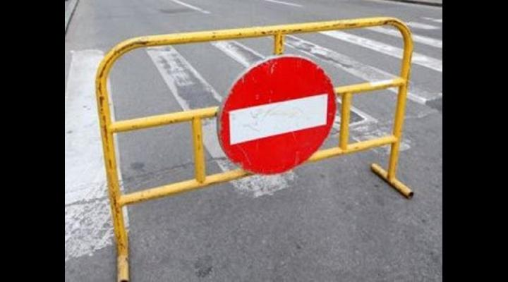 Restricții de circulație, în weekend, la Vălenii de Munte și Breaza